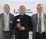 "Martin Knörzer wins the ""Manager of the Year 2016"" award"