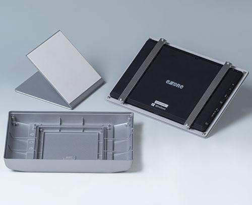 Befestigung eines Tablets im Gehäuseoberteil