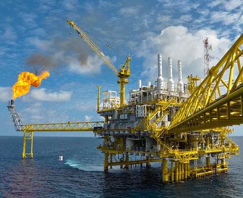 Offshore Ölförderung und Windparks
