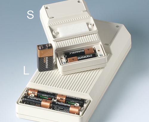 Batteriefächer S/L: 2/4 x AA oder 1 x 9 V