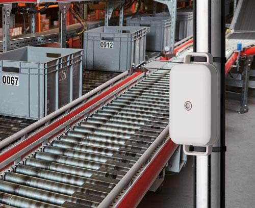 Applikationsbeispiel EASYTEC Gehäuse mit Sensor im industriellen Umfeld