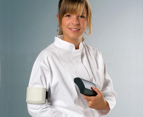 ergonomisch geformt, bequem zu tragen