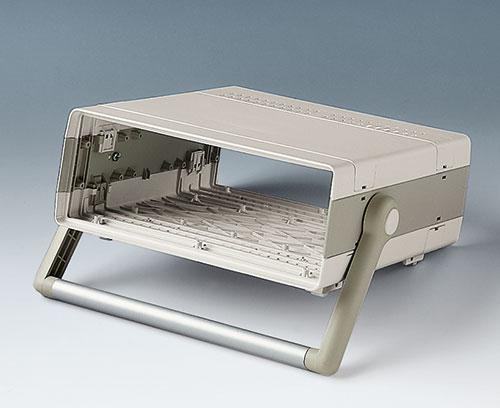 ergonomisch geneigte Gerätefront