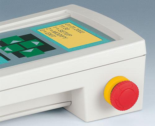 Applikation mit Notaus-Schalter (externes Zubehör)