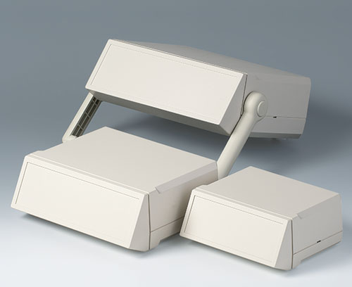 Ergonomic sloping control panel (accessory)