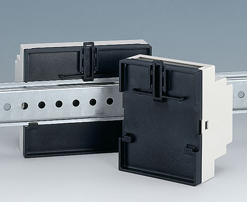DIN rail clip pre-assembled in base part