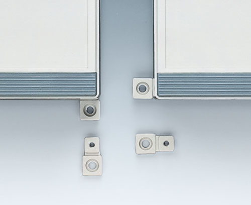 Wall mounting brackets (acc.)