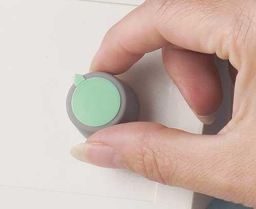 Botones giratorios con fijación de pinza
