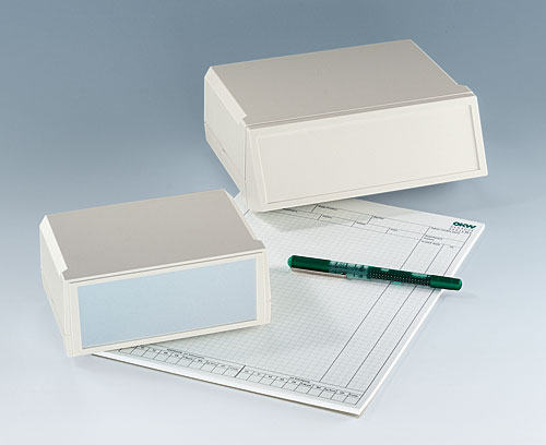 Cajas con grandes superficies para interfaces