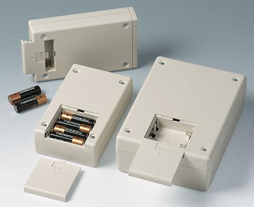 Compartiments piles pour piles AA et 9 V
