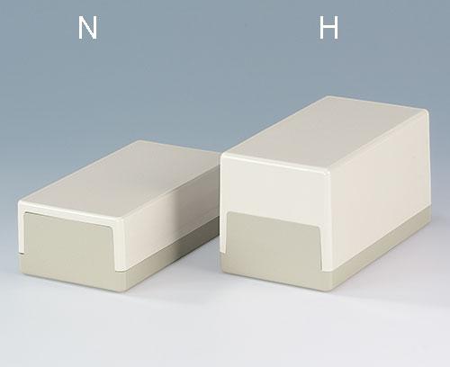 Avec une partie supérieure plate (N) et surélevée (H)