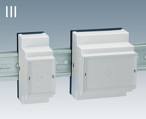 Version III : boitiers fermés, par ex. pour connecteur