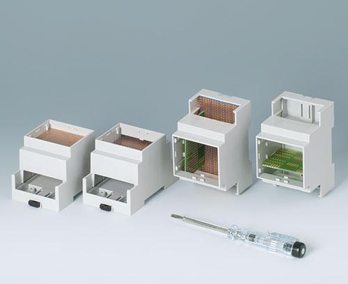 RAILTEC C : Souplesse pour la mise en place de circuits imprimés