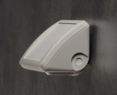 Exemple d'installation au mur avec zone de commande à inclinaison ergonomique (support mural en accessoire)