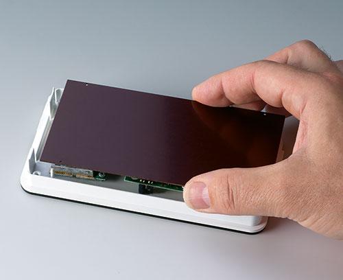 Plaque de papier dur pour protéger / recouvrir l'électronique dans la partie supérieure