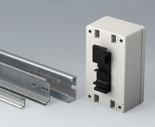 B6811751 DIN rail adapter