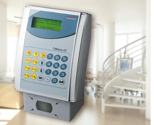 Terminal d'enregistrement du temps, de contrôle d'accès et de la gestion de commandes