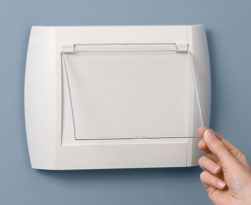 Полупрозрачная защитная панель на петлях (S, M, L, поставляется отдельно)