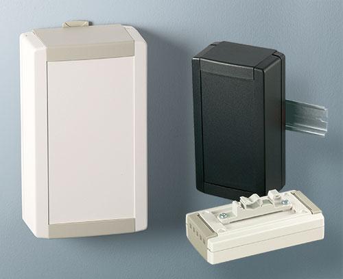 Настенный держатель и адаптер на DIN-рейку (поставляются отдельно)